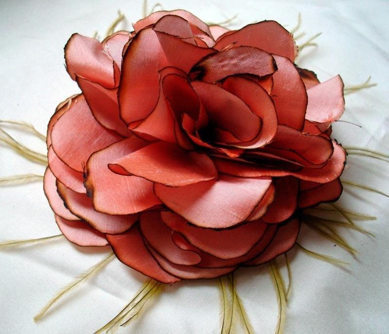Декоративные цветы из ткани мастер класс своими руками