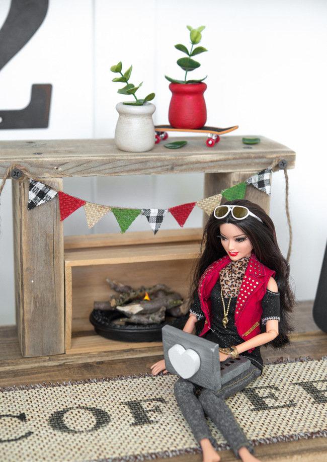 Мебель для кукол своими руками из подручных материалов 17