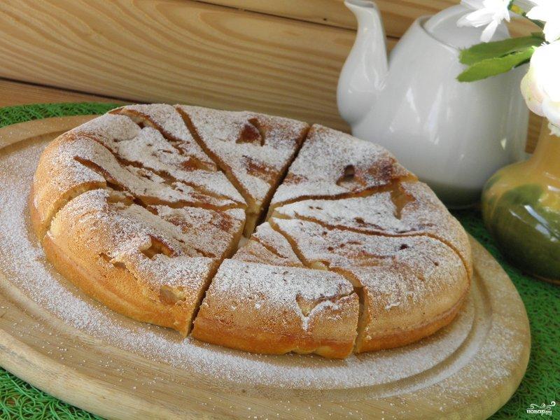 Яблочный пирог в мультиварке с