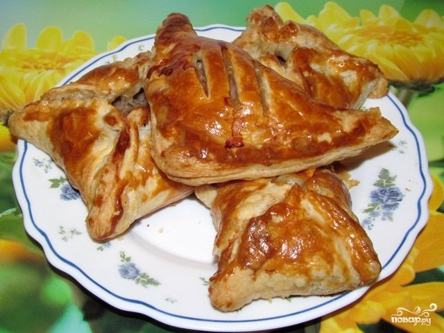 Пирог слоёный с мясом в духовке пошаговый рецепт