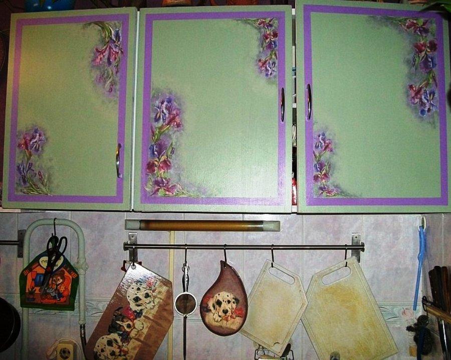 Декупаж кухонной стенки своими руками 14