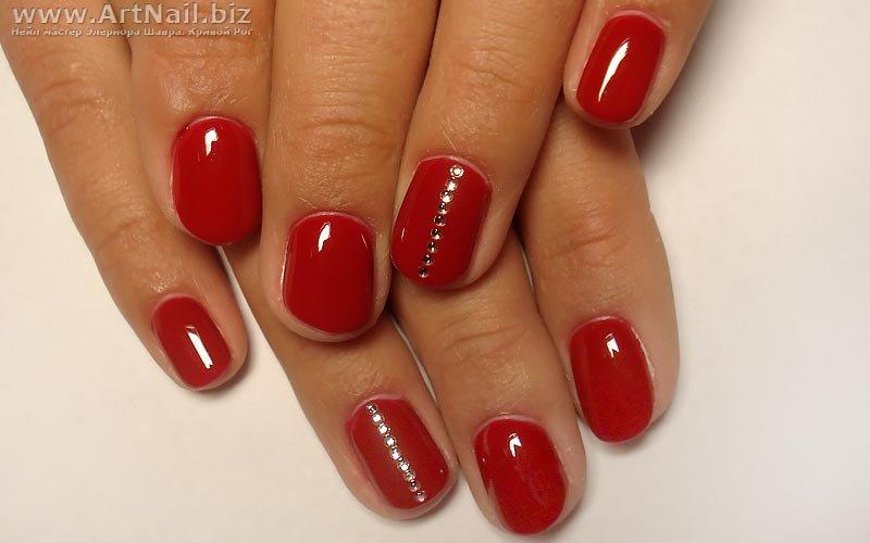 Ногти красным гель лаком