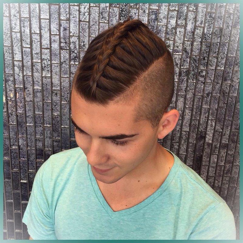 Мужские причёски с косичкой сзади