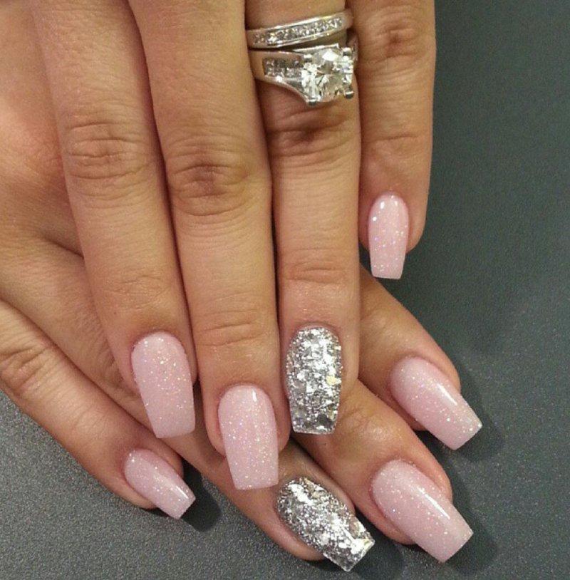 Ногти серебро дизайн