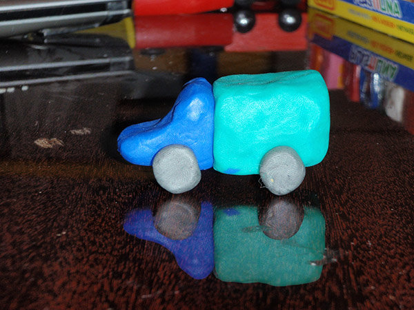 Поделки машинку из пластилина 30
