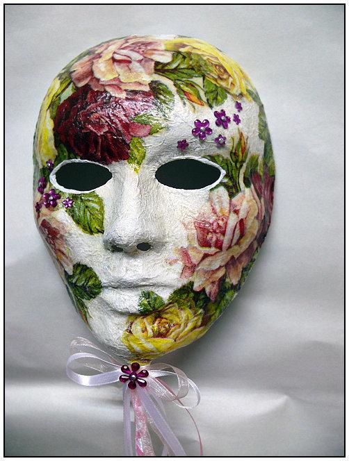 Изготовление маски из папье-маше