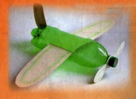Самолет своими руками из пластиковых бутылок