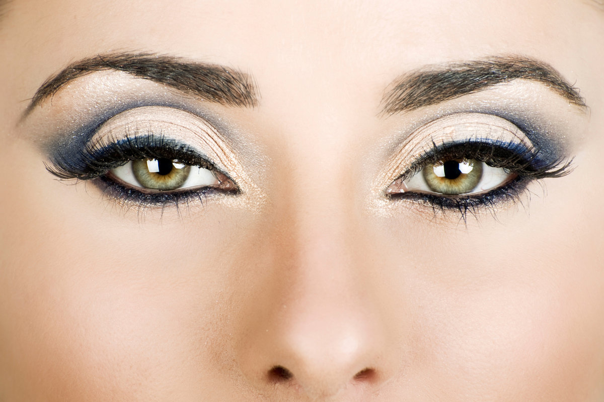 Макияж для серых глаз узких