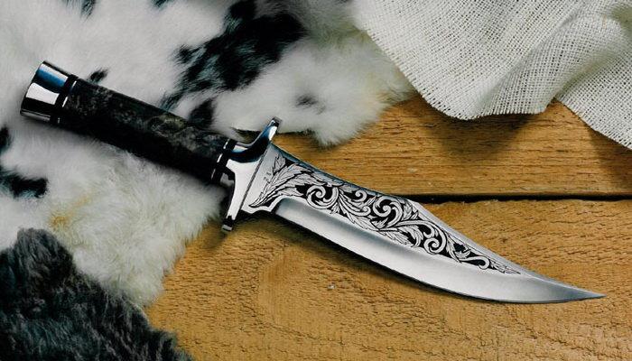Гравировка на лезвии ножа 145