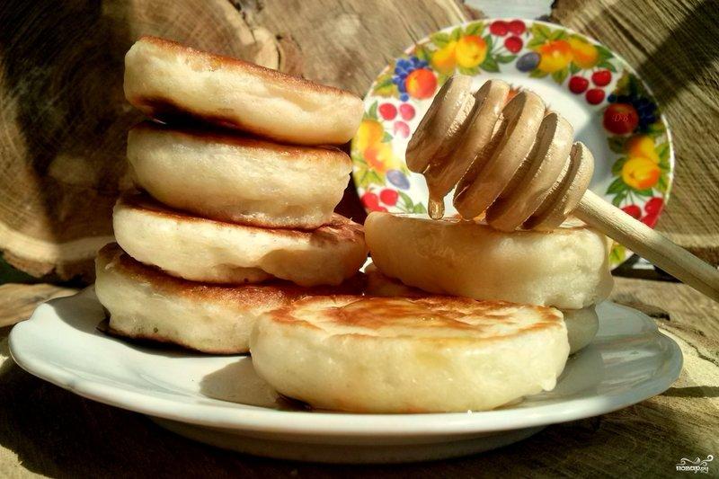 Дрожжевые оладьи на молоке с сухими дрожжами пошагово с