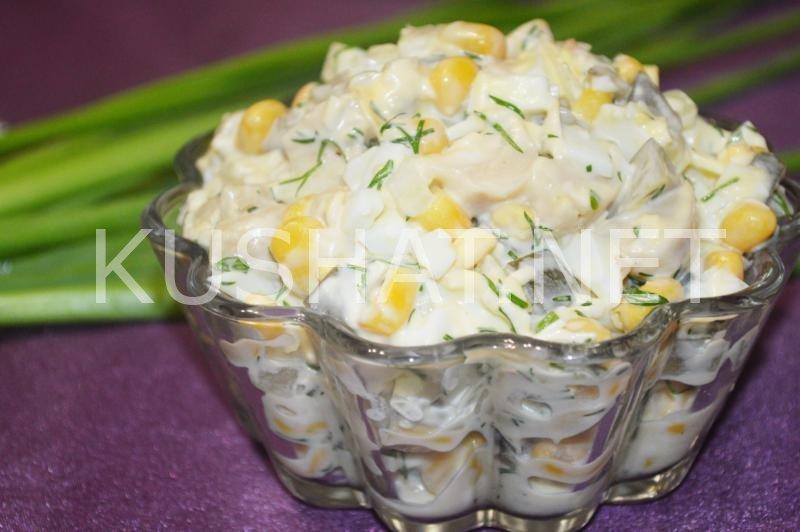 Салат из консервированных шампиньонов с