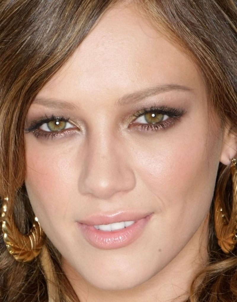 Eye makeup for almond shaped hazel eyes