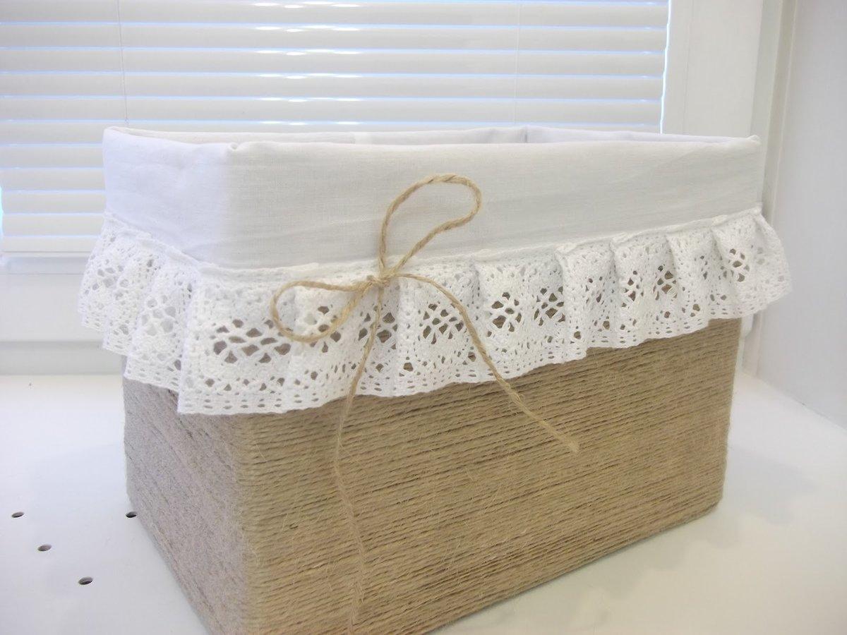 Как красиво украсить коробку для хранения вещей своими руками