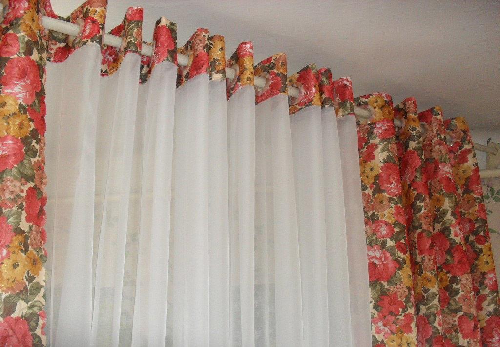 Как сшить шторы разных цветов 70