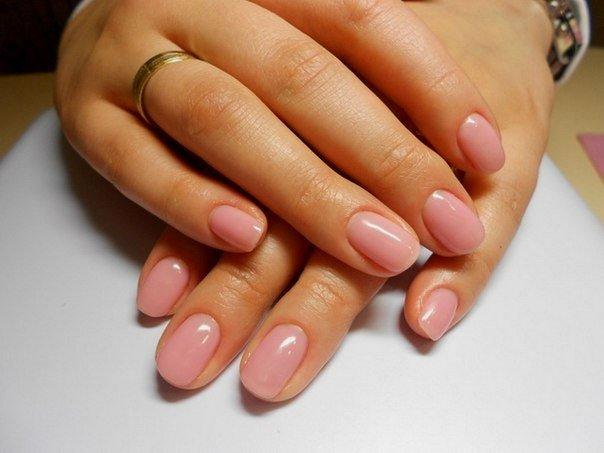 Покрытие своих ногтей гелем