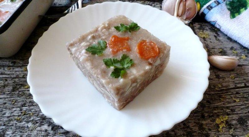 Холодец из свиных ушей рецепт с фото пошагово