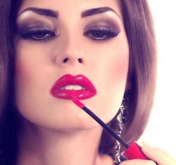 Luscious lipstick porn lips