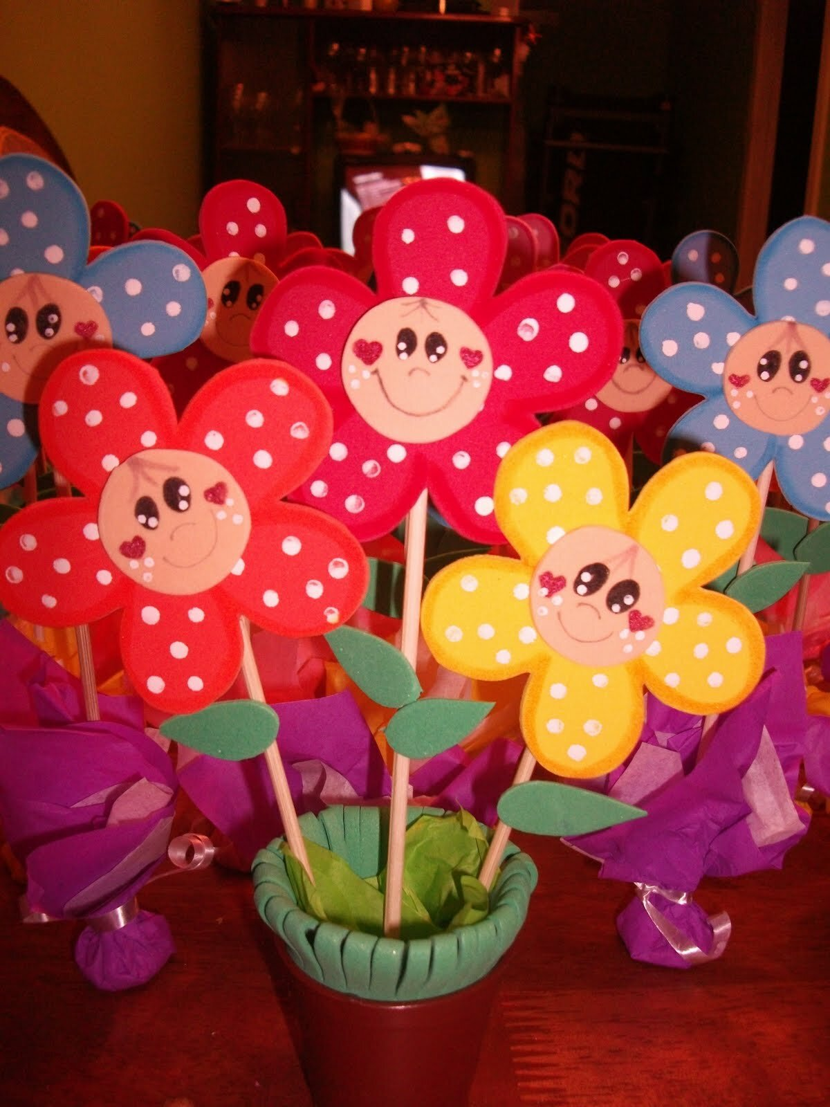 Все для детского сада поделки из бумаги к праздникам