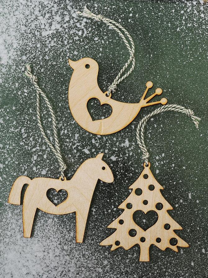 """Новогодние игрушки из дерева. Шикарно смотрится!"""" - карточка пользователя tanya.ionko в Яндекс.Коллекциях"""