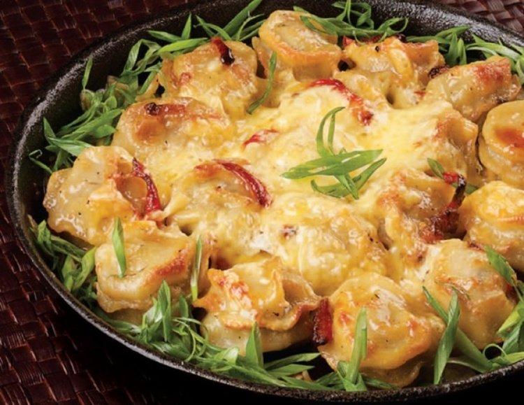 Пельмени с ветчиной и сыром в духовке рецепт с пошагово