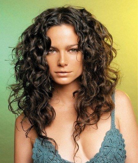 Причёски на длинные кудрявые волосы фото