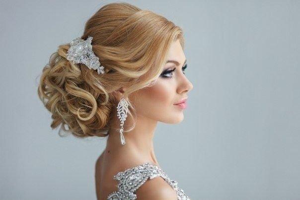 Причёски на свадьбу невесте
