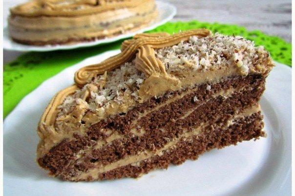 Бисквитный торт с кремом из сгущёнки
