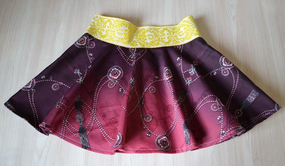 Как сшить двухслойную юбку для девочки 11