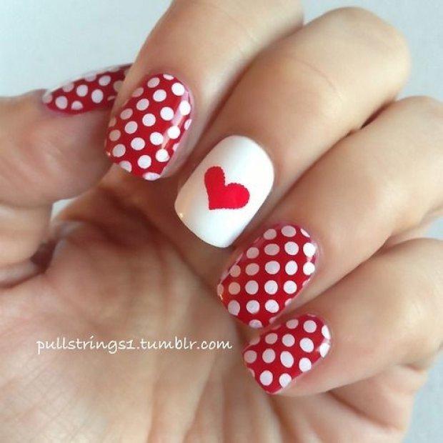 Рисунки на ногтях с сердечками