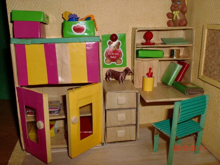 Мебель для кукол своими руками из картона для барби 37