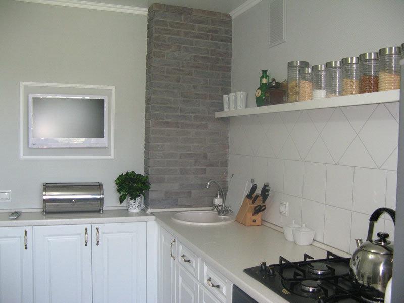 Как закрыть стояк в кухне