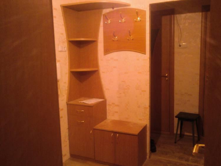 Как сделать угловой шкаф для коридора.