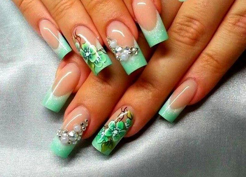 Фото дизайнов ногтей френч с рисунком