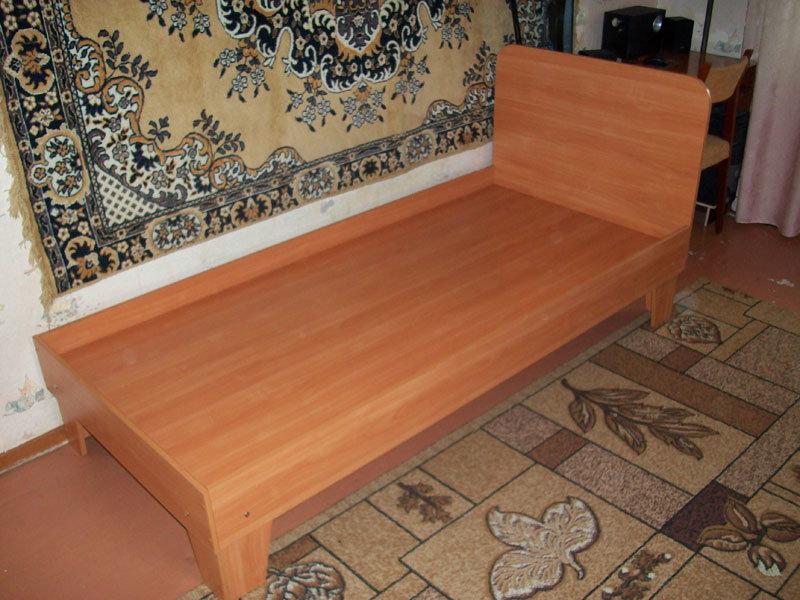 Сделать односпальную кровать своими руками из дсп
