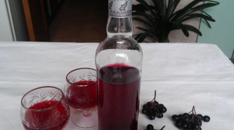 Вино своими руками из черноплодной рябины
