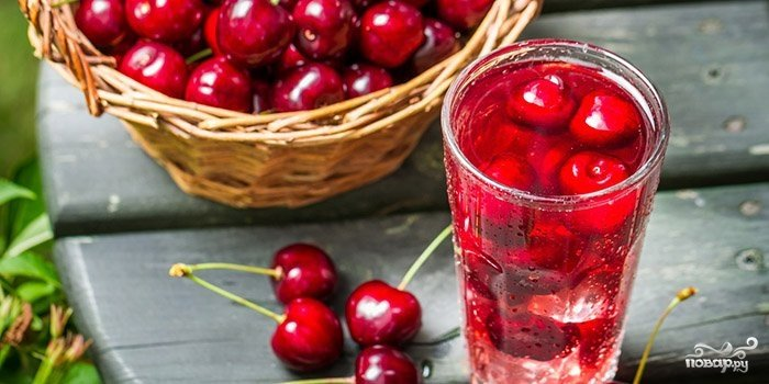Рецепт вишневого компота в зиму