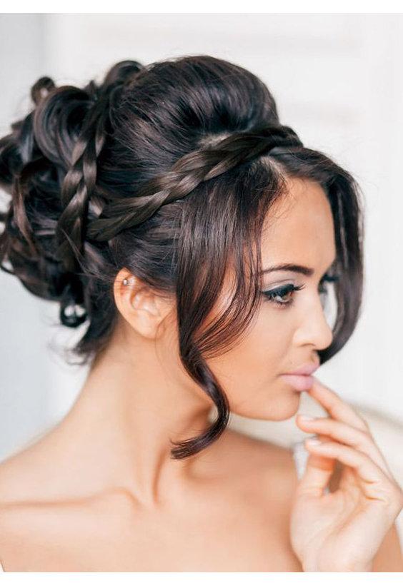 прически на свадьбу для длинных волос фото с челкой