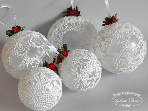 Кружевные новогодние шары