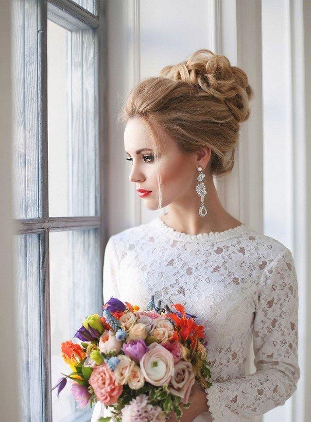 Свадебные прически с фатой для невесты 2017-2018