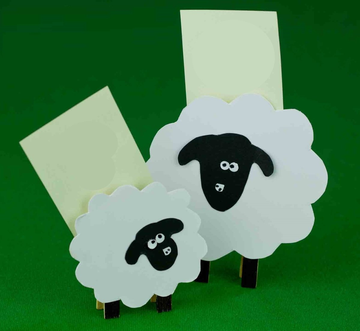 Поделка в сад овечка