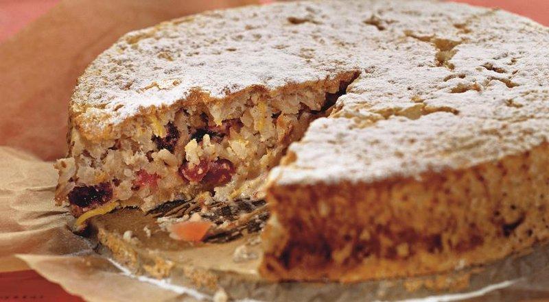 Рецепт пирога из риса с изюмом