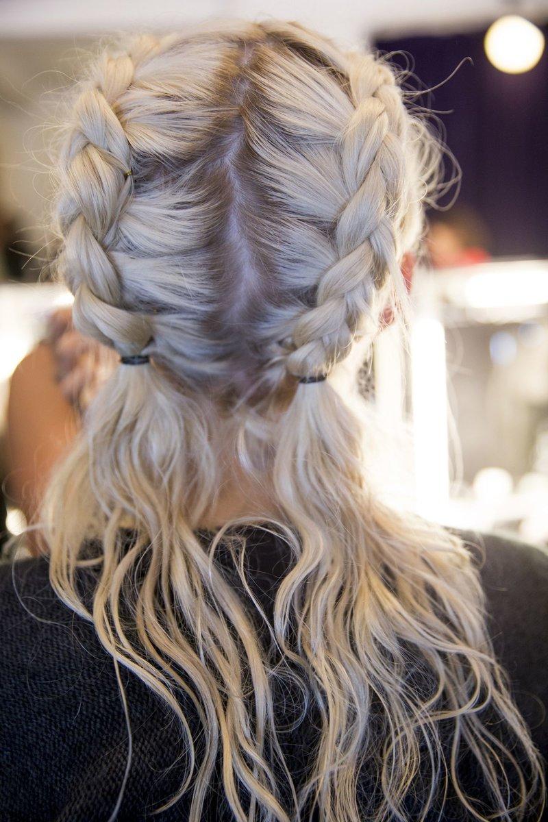 Прически на белых волосах