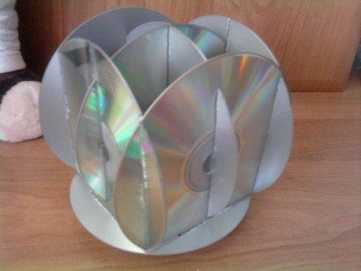 Как сделать органайзер из дисков своими руками 13