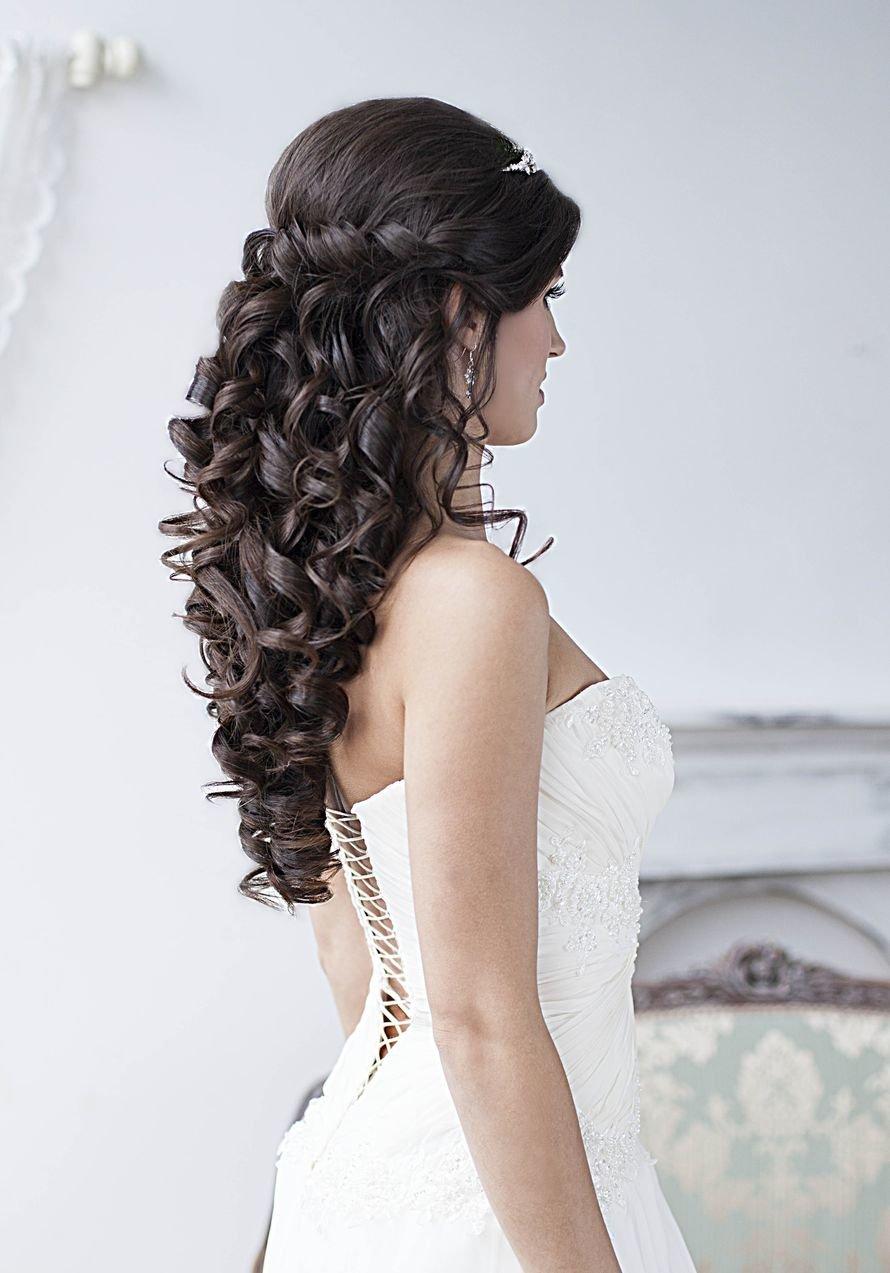Свадебная прическа локоны с плетением