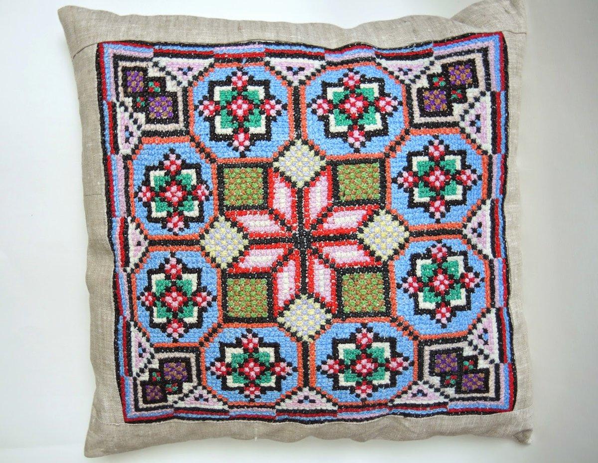 Фото схема вышивки крестом подушки