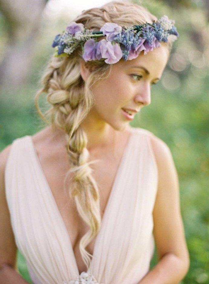 Прически с цветами свадьба