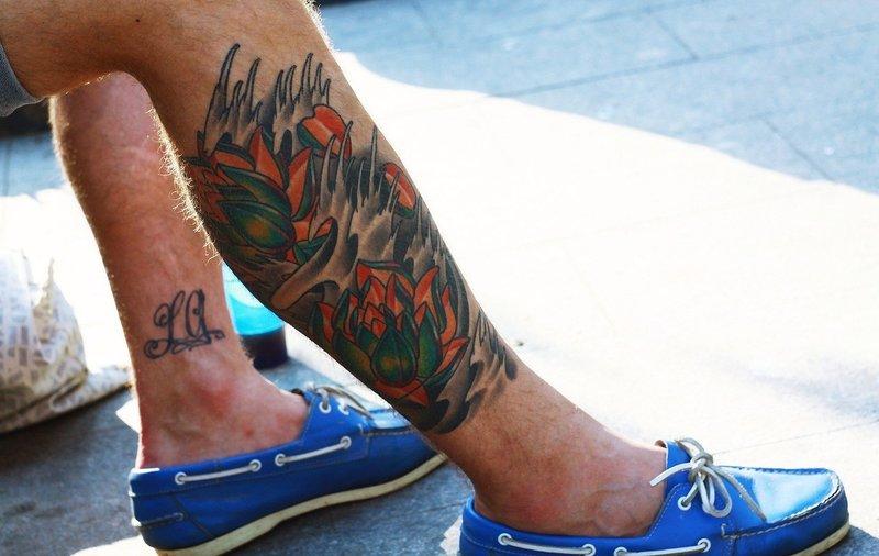 Фото тату на ноге для парней