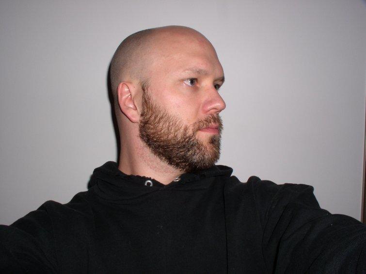 Модная борода у лысых