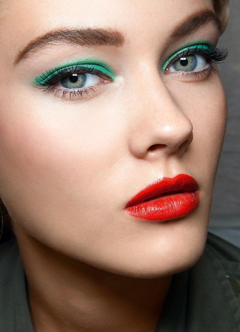 Вечерний макияж под зеленое