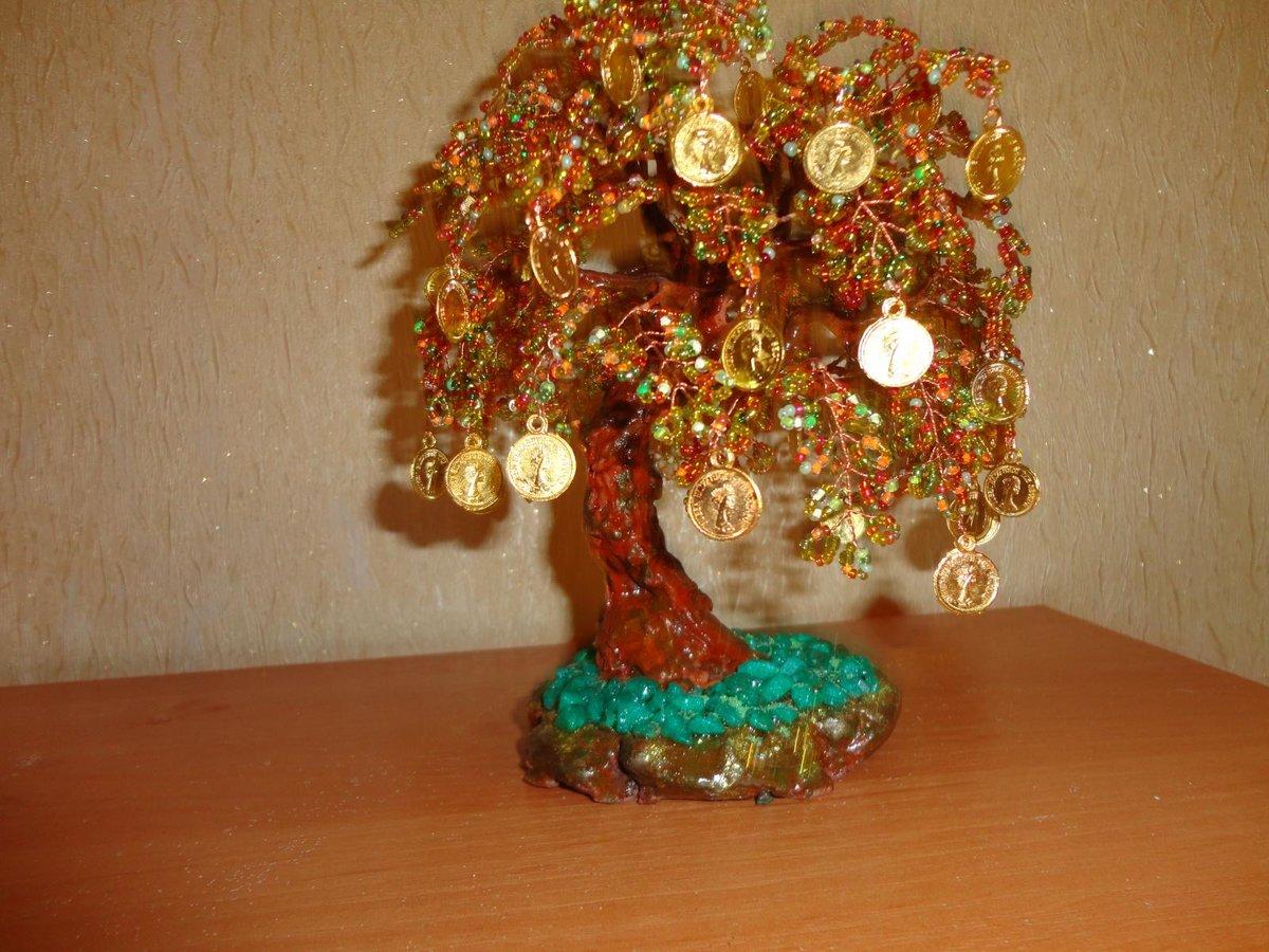 Денежное дерево из монет своими руками из бисера 5